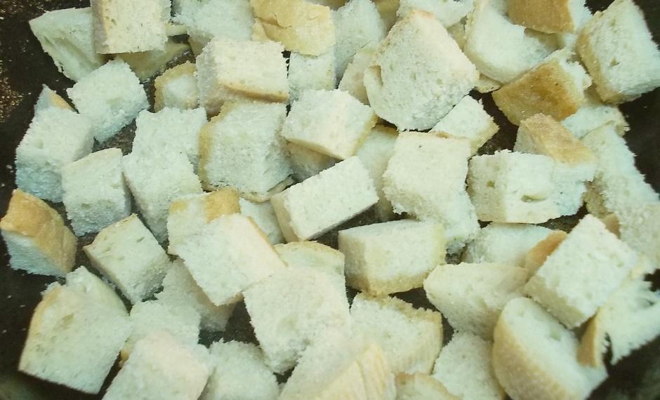 Сухари на сковороде
