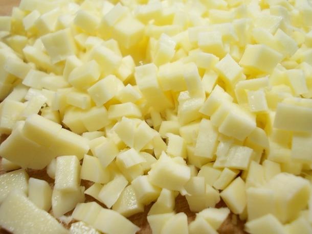 Горячий бутерброд с курицей и сыром сулугуни